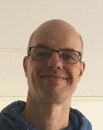 Dr. Tahar van der Straaten
